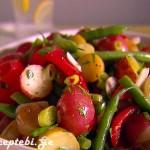 ბოსტნეულის სალათა ლობიოთი